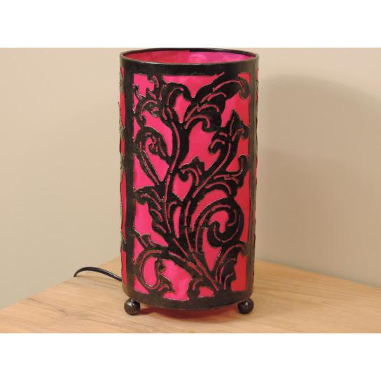Lampe en fer forgé cylindrique rose 16 cm hauteur 30 cm