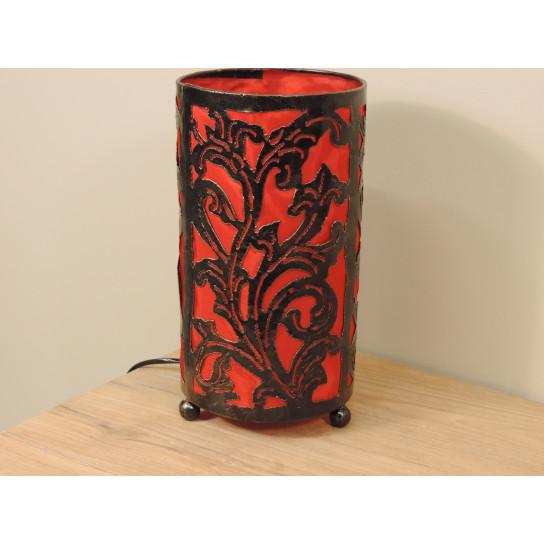 Lampe en fer forgé cylindrique rouge 16 cm hauteur 30 cm
