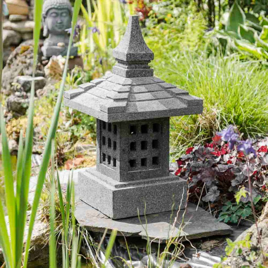 lampe de jardin en pierre de lave naturel h 55 cm. Black Bedroom Furniture Sets. Home Design Ideas