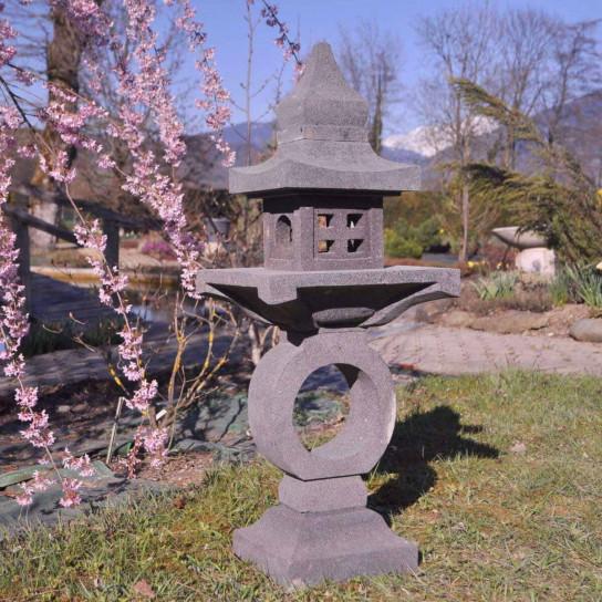 Lanterne japonaise pagode zen en pierre de lave 105 cm