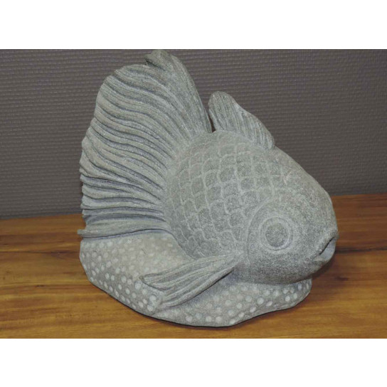 Statue poisson en pierre volcanique 32 cm