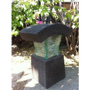 Lampe de jardin en pierre de lave et verre 40cm