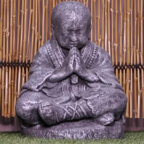 Statue moine shaolin assis gris patiné 50 cm