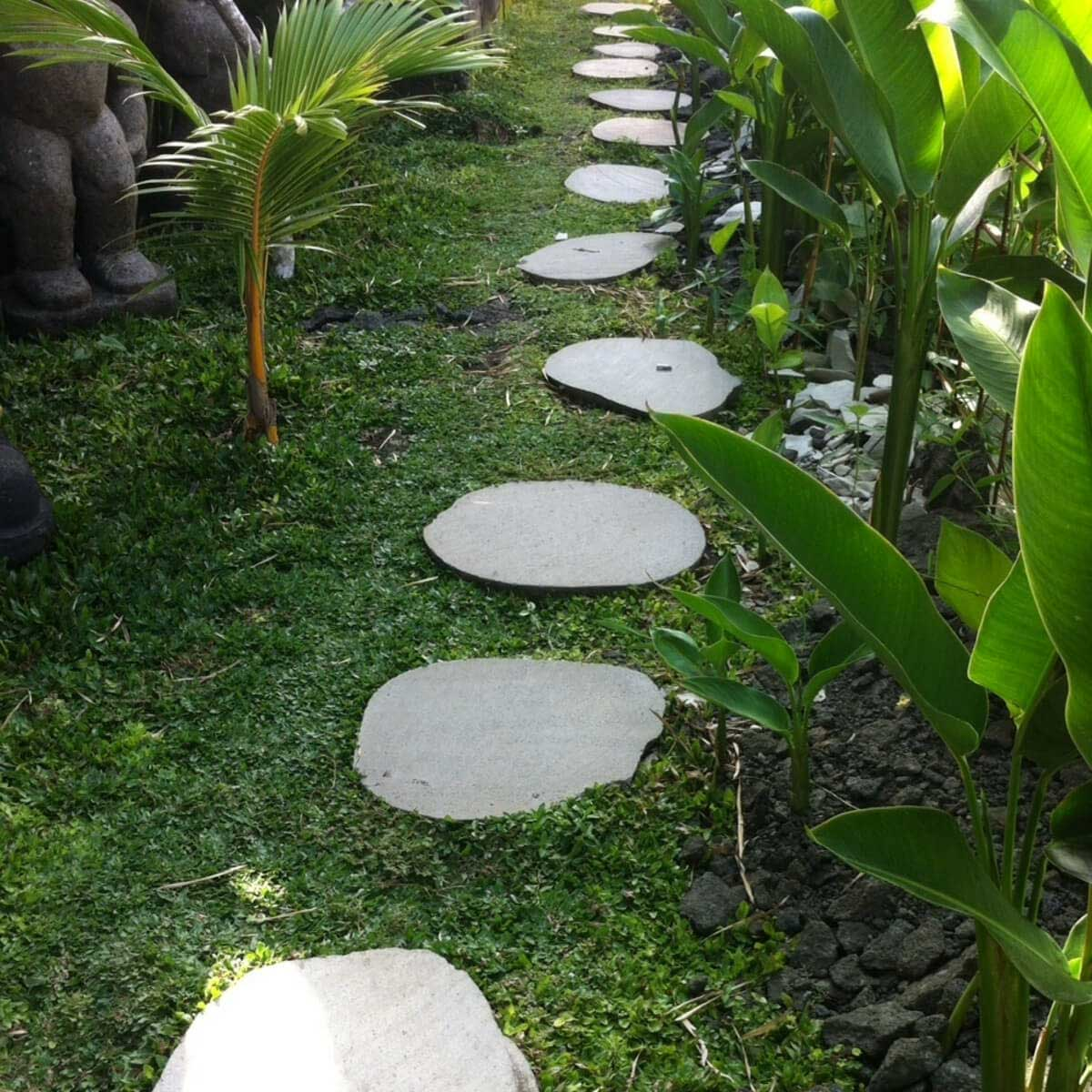 5 pas japonais en pierre galet de rivi re 50 55cm for Pierre pour jardin japonais