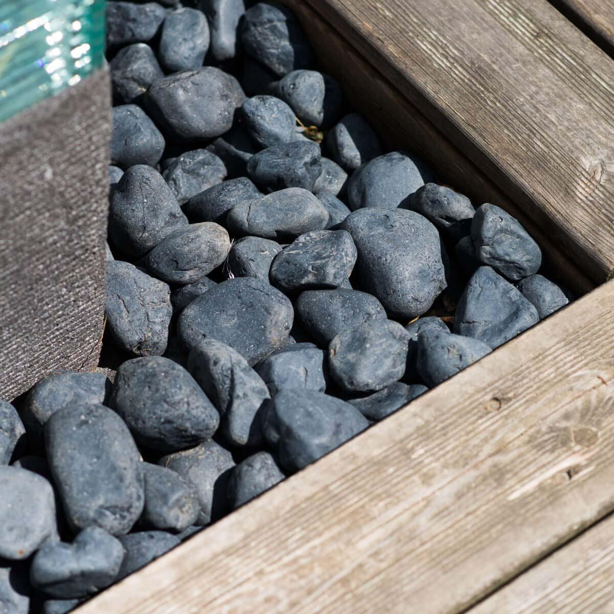 Neuf 5 sacs de galet noir de 20kg for Galet noir exterieur