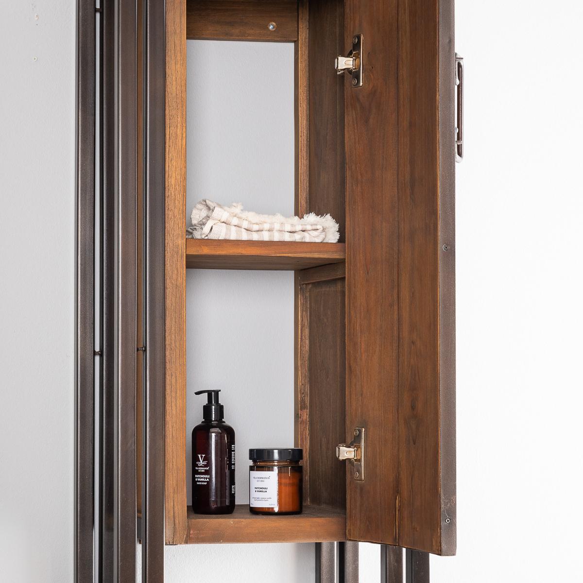 Colonne de rangement suspendue en bois teck massif for Salle de bain bois metal