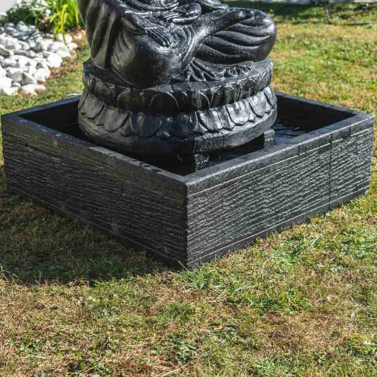 Fontaine de jardin fontaine avec bassin bouddha assis patin noir 1 m 20 for Decoration jardin bouddha