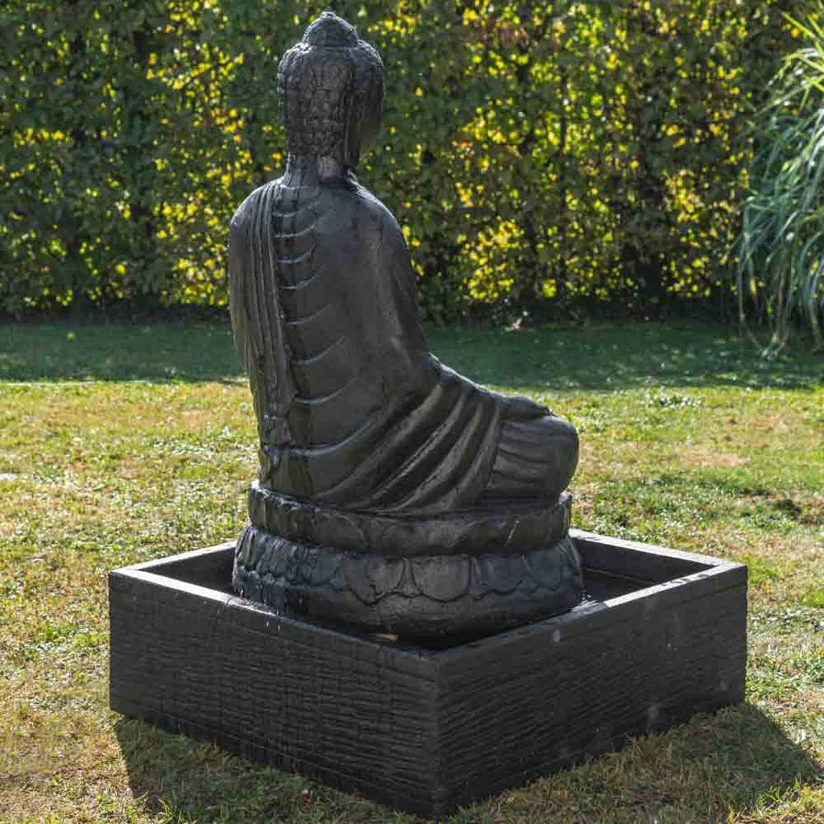 fontaine de jardin fontaine avec bassin bouddha assis patin noir 1 m 20. Black Bedroom Furniture Sets. Home Design Ideas
