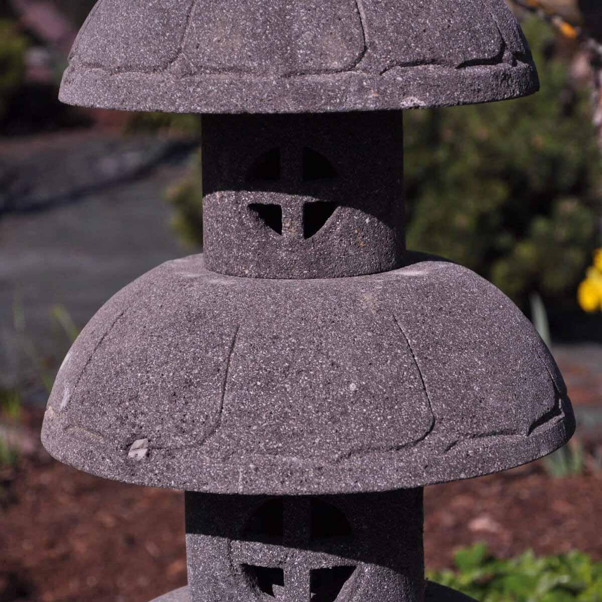 Lampe de jardin en pierre de lave naturel h 1 m 50 cm - Table de jardin en pierre de lave ...