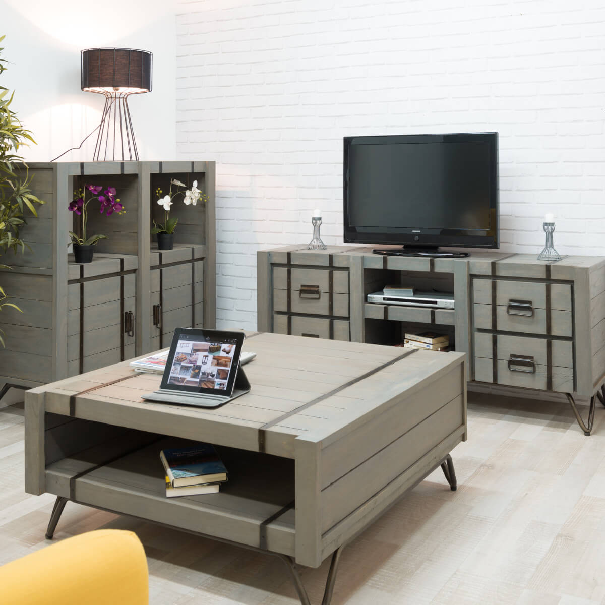 meuble tv loft meuble tv industriel bois rectangle. Black Bedroom Furniture Sets. Home Design Ideas