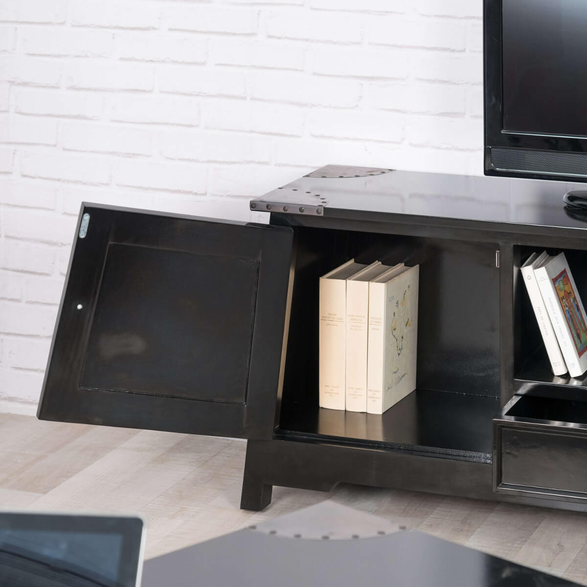 Meuble tv noir meuble tv bois metal rectangle acajou for Meuble tv en bois noir