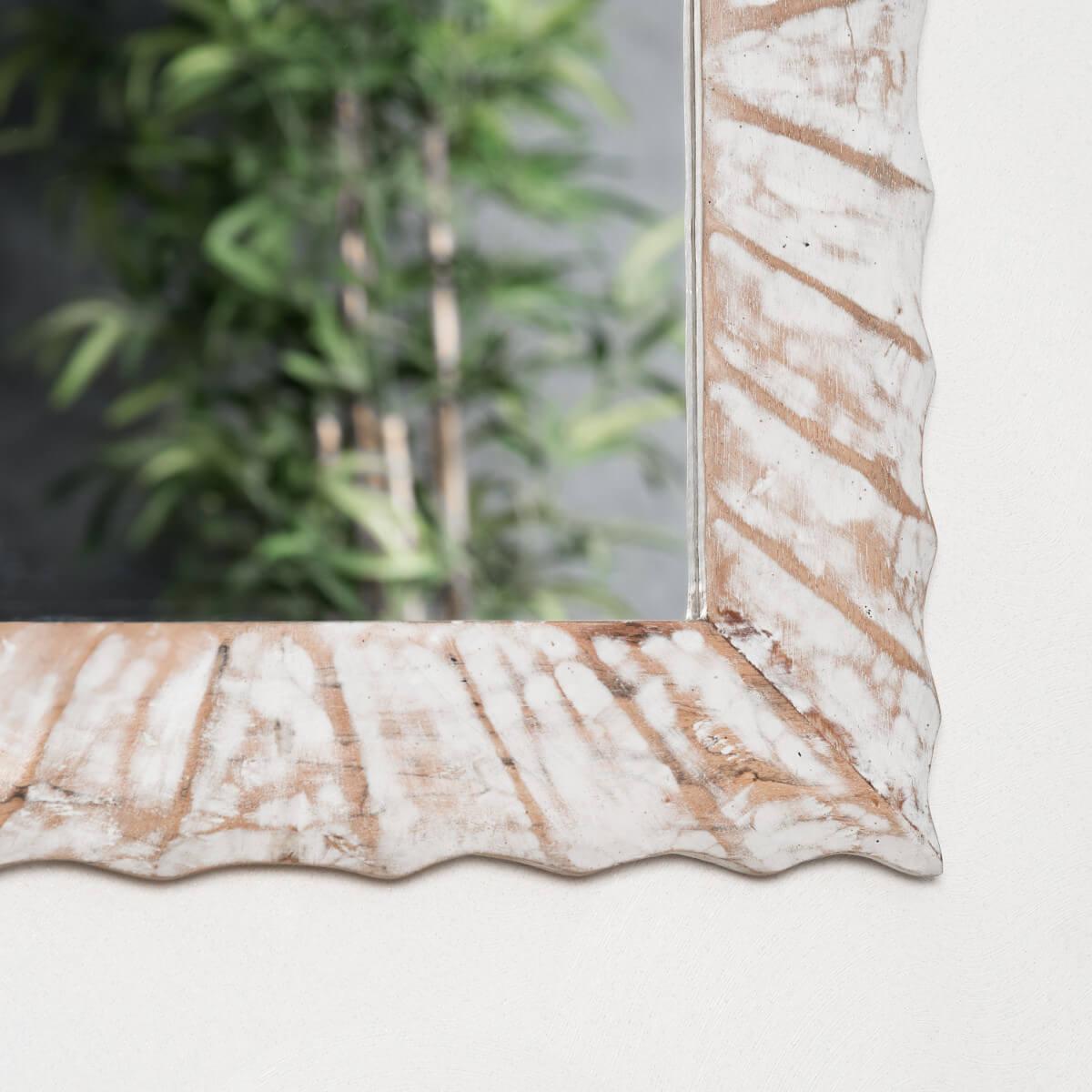 Miroir de d coration en bois massif alicante for Miroir horizontal blanc