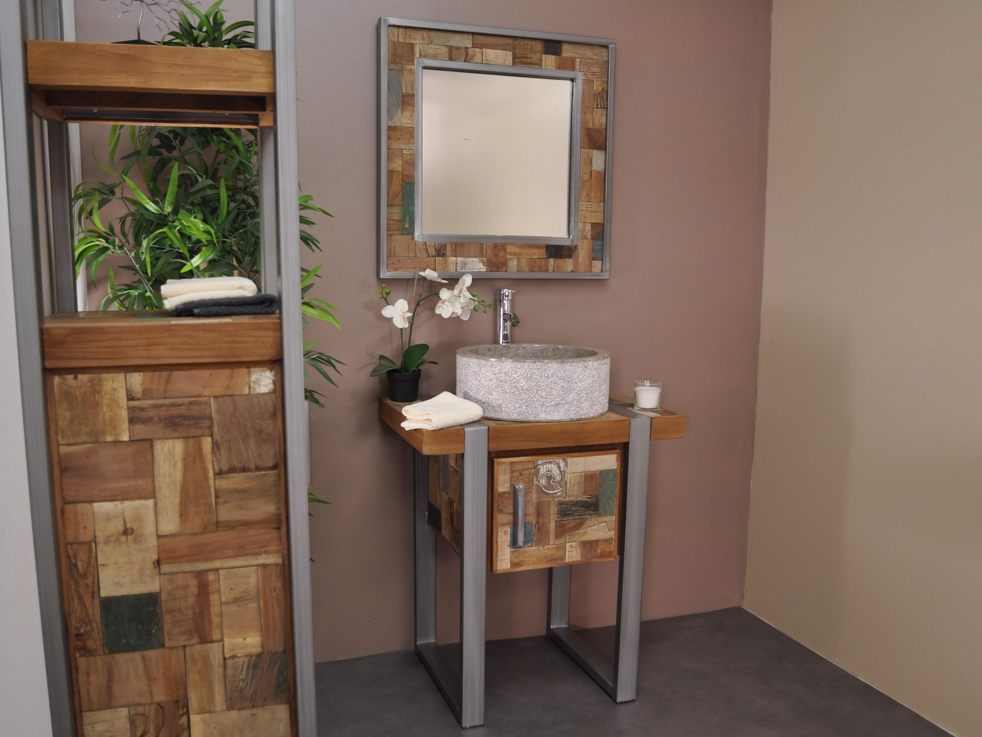 Miroir de salle de bain factory teck m tal 70x70 for Meuble 70x70