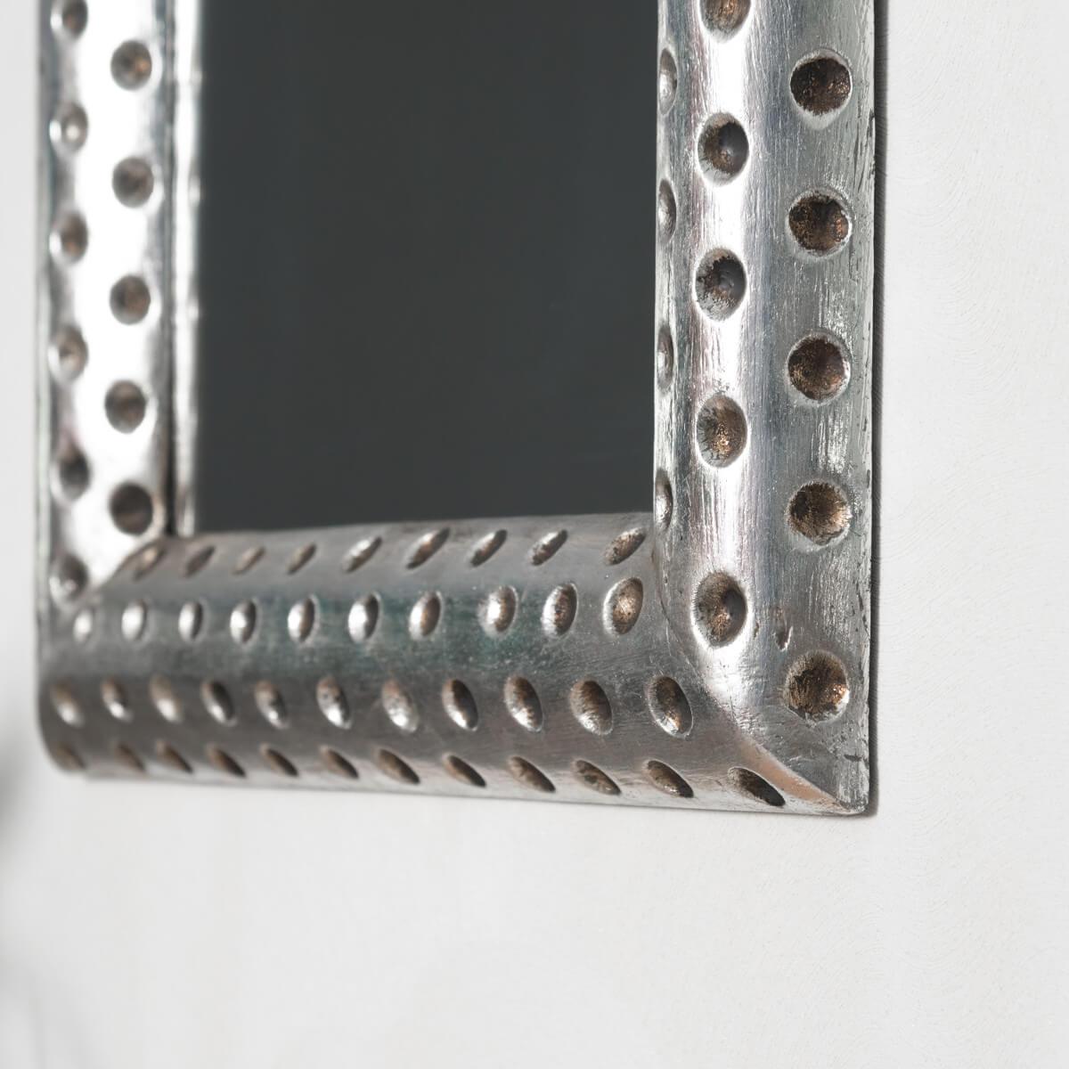 Miroir de d coration en bois massif pampelune for Prix miroir 50 x 60