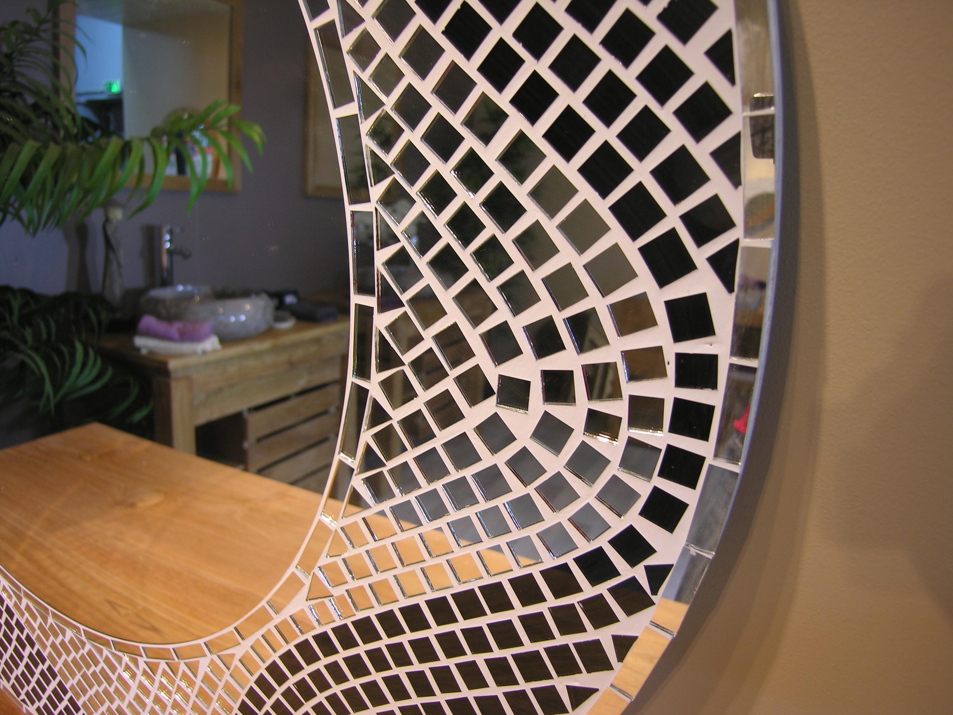 Meubles de salle de bain en teck d co maison jardin for Mosaique miroir