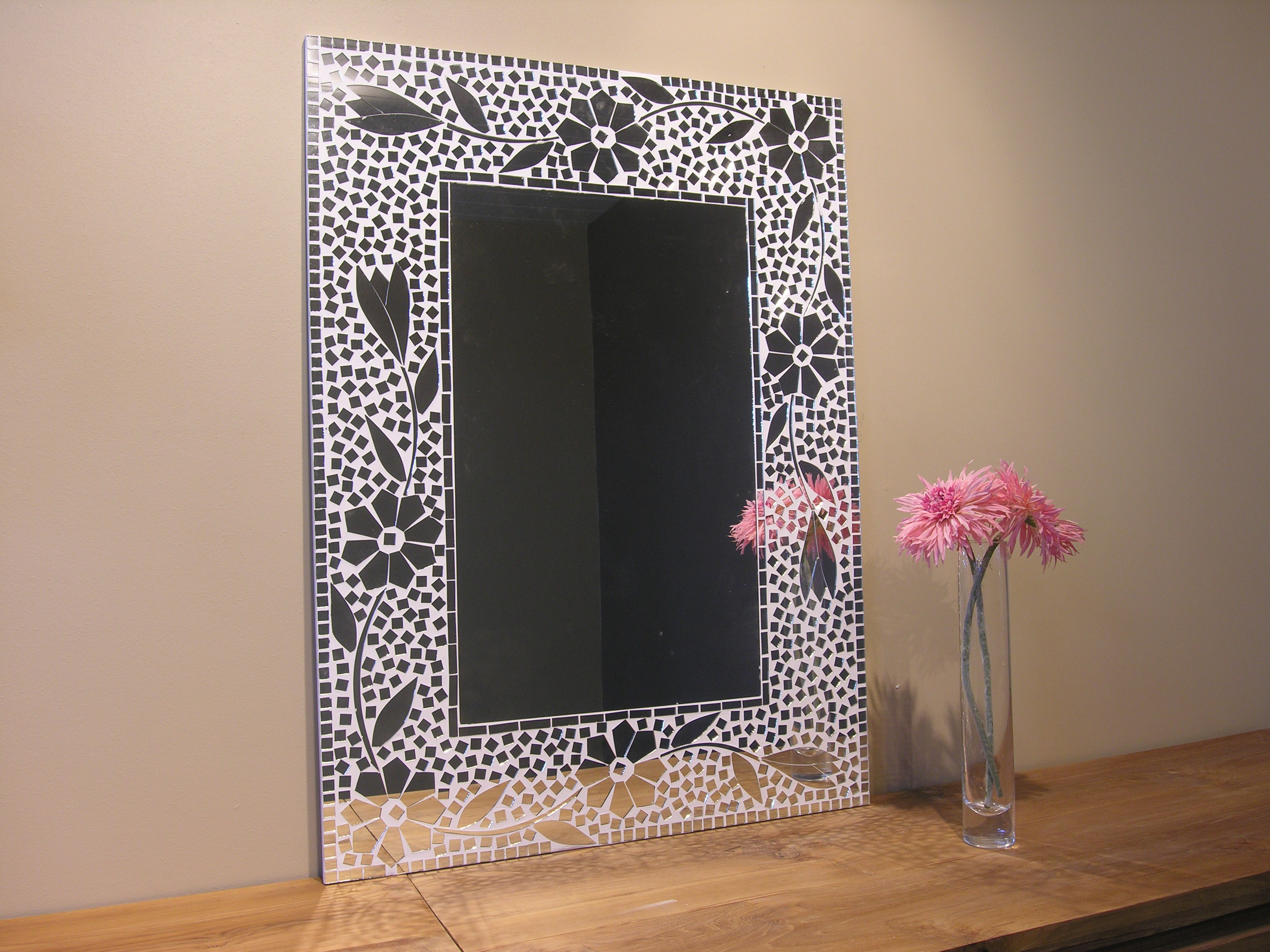 neuf miroir mosaique design fleur 80cm x 60cm salon chambre ebay. Black Bedroom Furniture Sets. Home Design Ideas