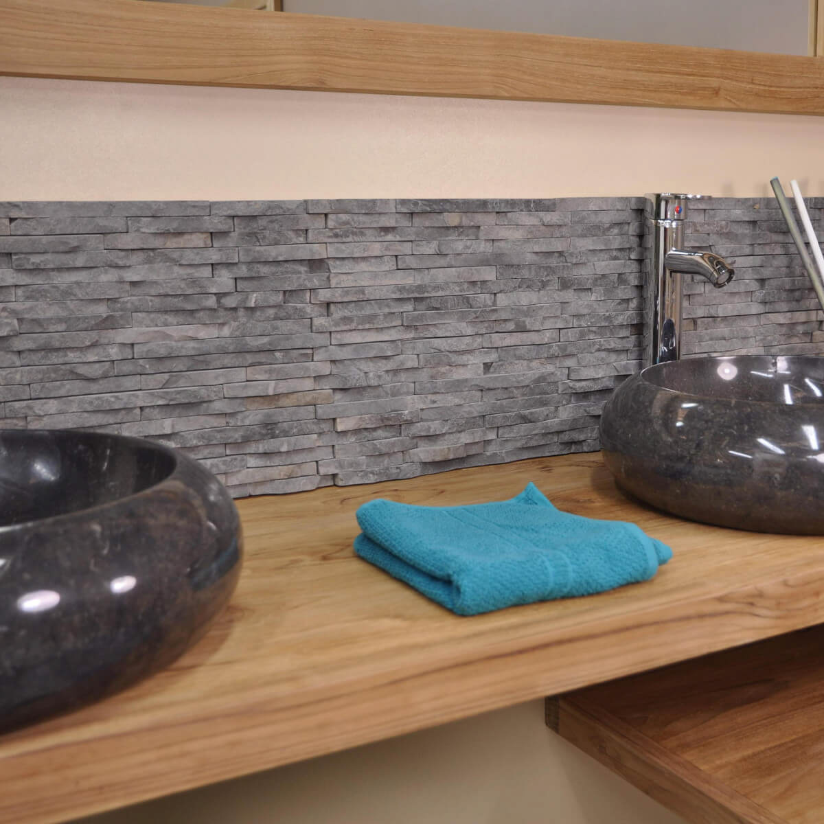 Neuf parement en pierre naturelle marbre brut gris noir - Wanda collection ...