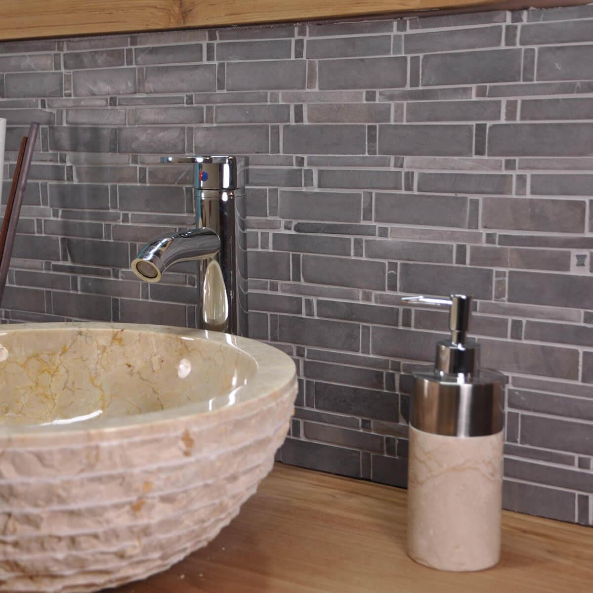 Parement mosa que en marbre naturel gris for Parement gris exterieur