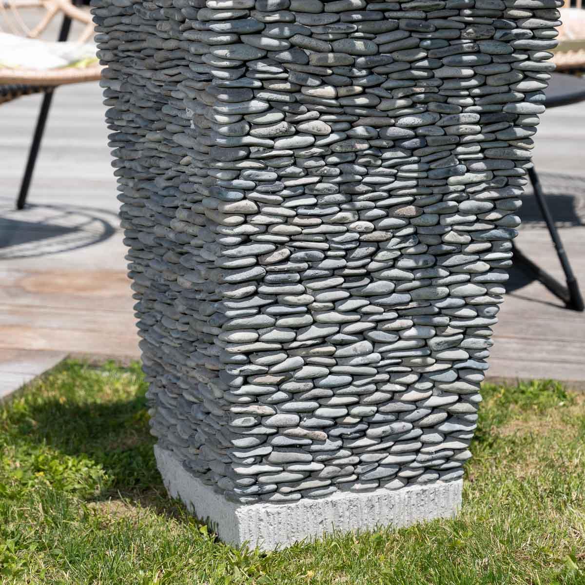 Pot de jardin en galet de rivi re carr naturel h 80 cm for Carrelage galet exterieur