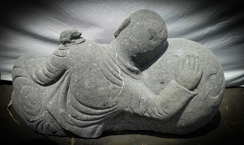 statue de jardin moine shaolin pierre volcanique 1 m. Black Bedroom Furniture Sets. Home Design Ideas