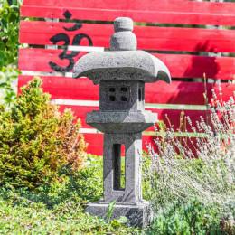 Lanterne japonaise pagode en pierre de lave