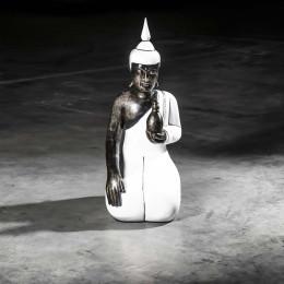 Large white kneeling wellness Buddha - 61 cm
