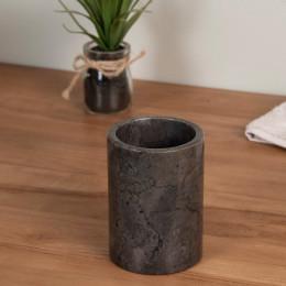 Vaso de mármol negro