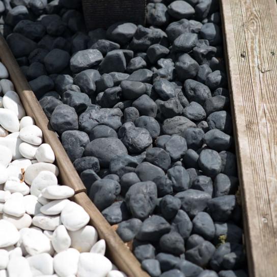 5 bolsas de piedras negras de 15 kg