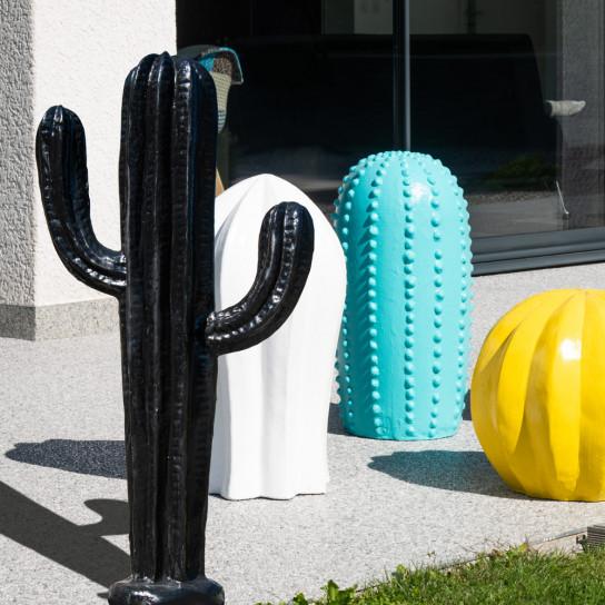 Escultura contemporánea cactus negro 100 cm