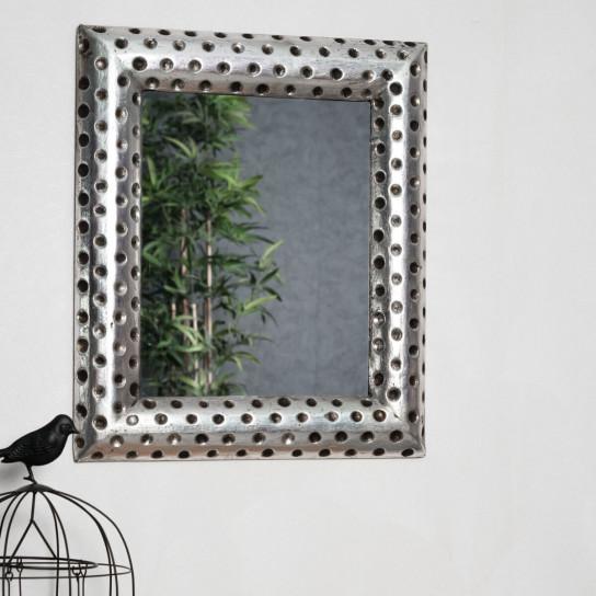 Espejo de madera pamplona con acabado plateado metal 50 x for Espejo 50 cm ancho