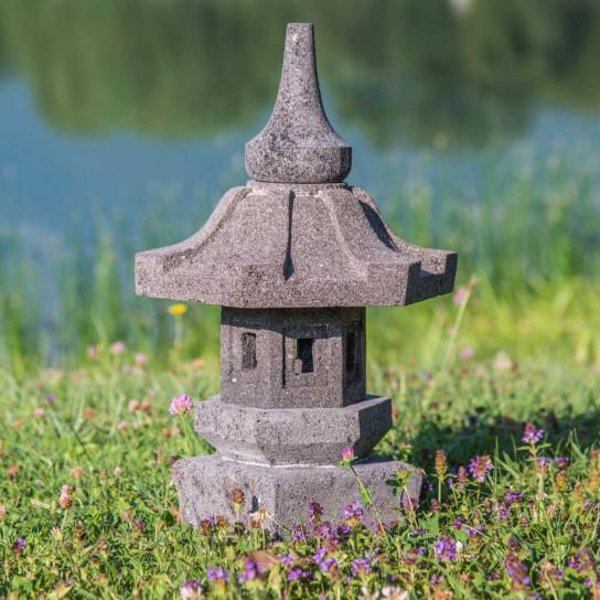 Lampe de jardin en pierre de lave naturel h 50 cm for Lampe japonaise exterieur