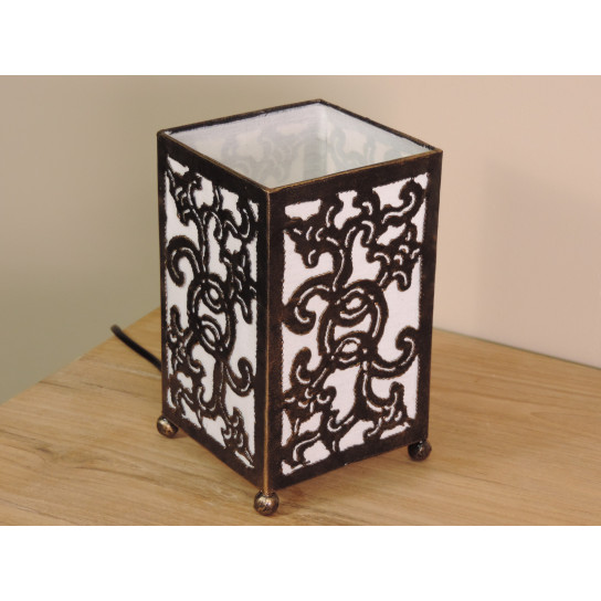 Lampe en fer forgé rectangle blanc 12 cm hauteur 20 cm