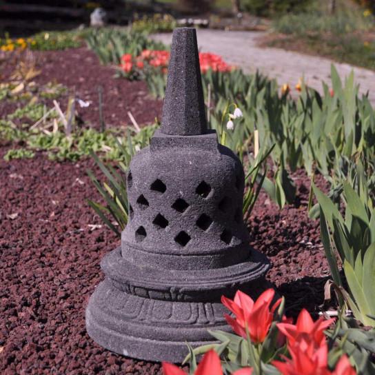 Lampe stupa Borobudur en pierre de lave