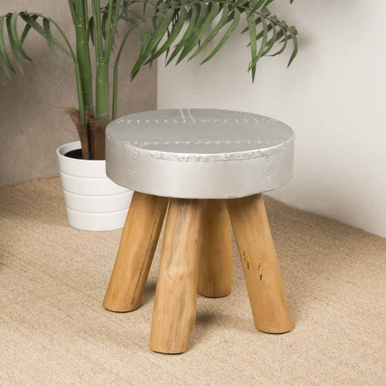 Lodge rivet stool