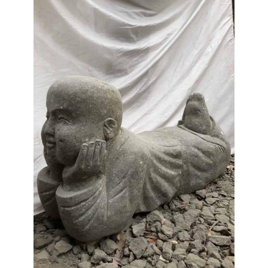 Statue de jardin moine allongé en pierre 105 m