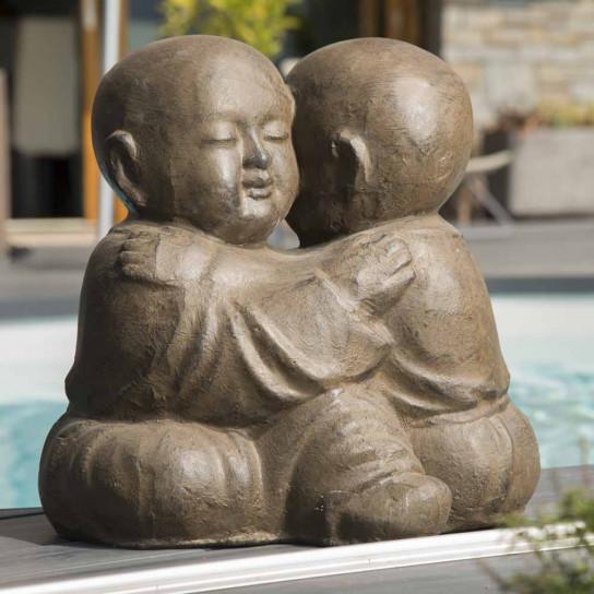 Statue moines Shaolin enlacés brun 40 cm