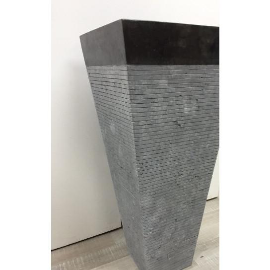 Vasque salle de bain sur pied en pierre carré GUIZEH noir mat