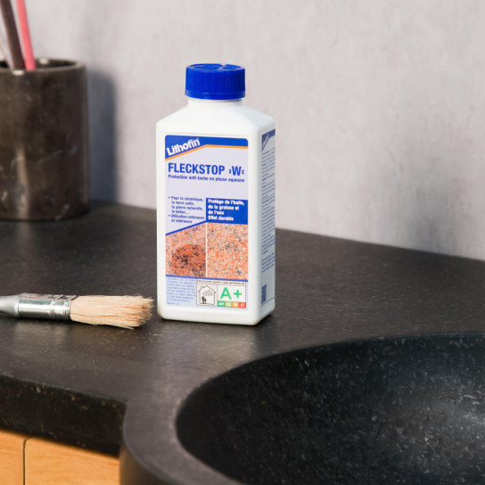 Water-repellent product for stone and marble