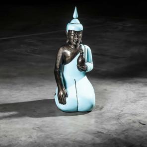 Buda de rodillas bienestar modelo grande azul turquesa 61 cm
