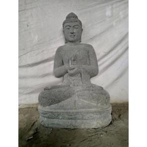 Buda exterior zen de piedra volcánica posición chakra