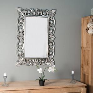 Espejo Córdoba de madera con pátina plateada 70 x 100