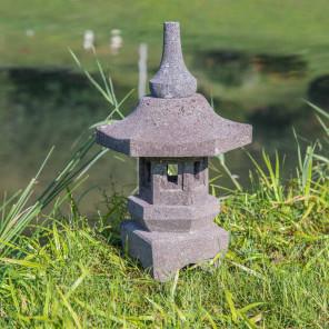 lampe japonaise jardin zen pierre volcanique