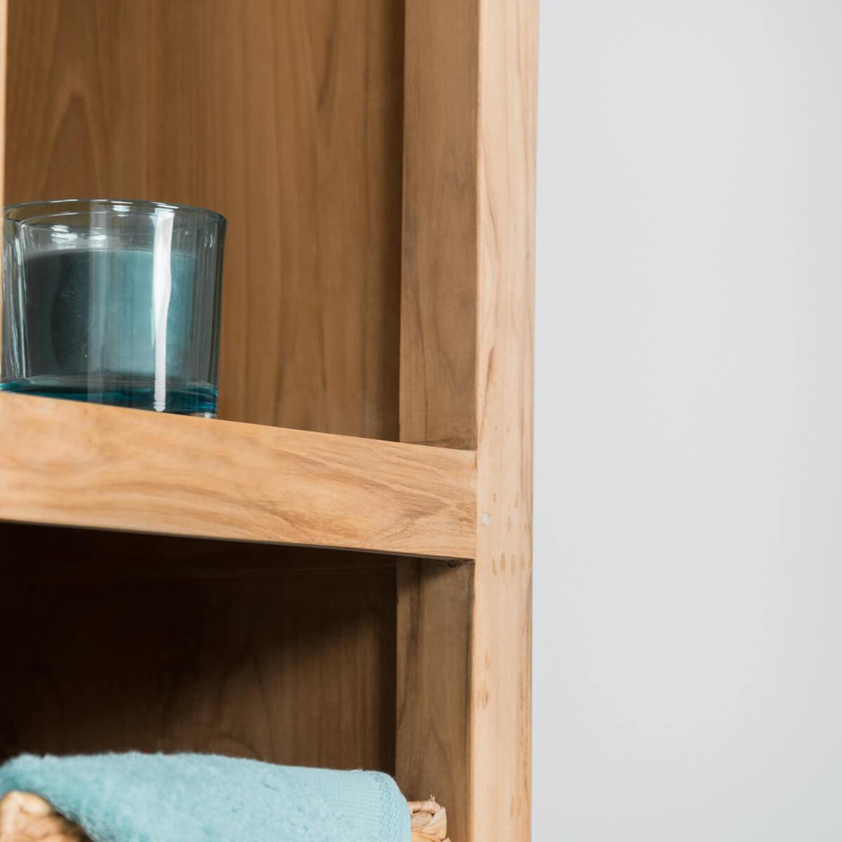 colonne de rangement de salle de bain en teck massif 190cm. Black Bedroom Furniture Sets. Home Design Ideas