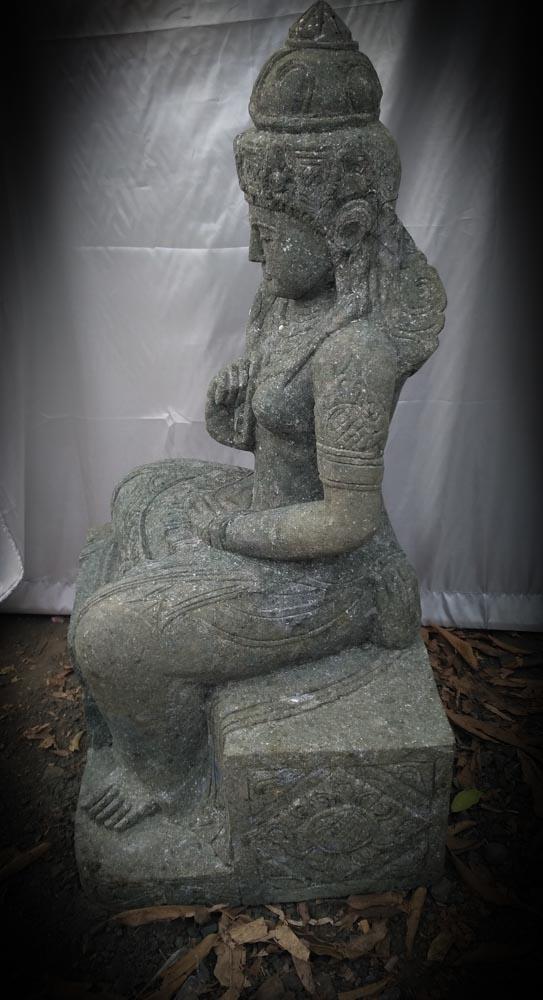 Grande statue de jardin zen d esse balinaise en pierre 1m for Espace zen jardin