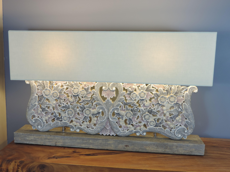 lampe poser arabesques et fleurs en bois patin charme rectangulaire gris prune h 62 cm. Black Bedroom Furniture Sets. Home Design Ideas