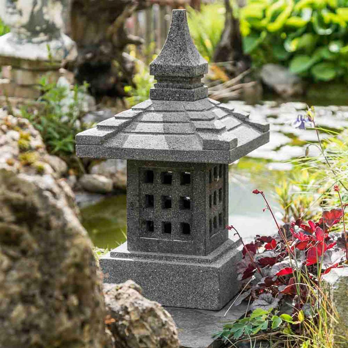 Lampe de jardin en pierre de lave naturel h 55 cm - Table de jardin en pierre de lave ...