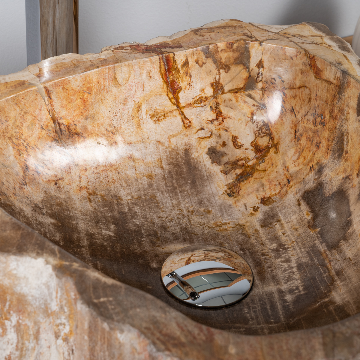 lavabo de salle de bain en bois p trifi fossilis noir l 37 cm. Black Bedroom Furniture Sets. Home Design Ideas