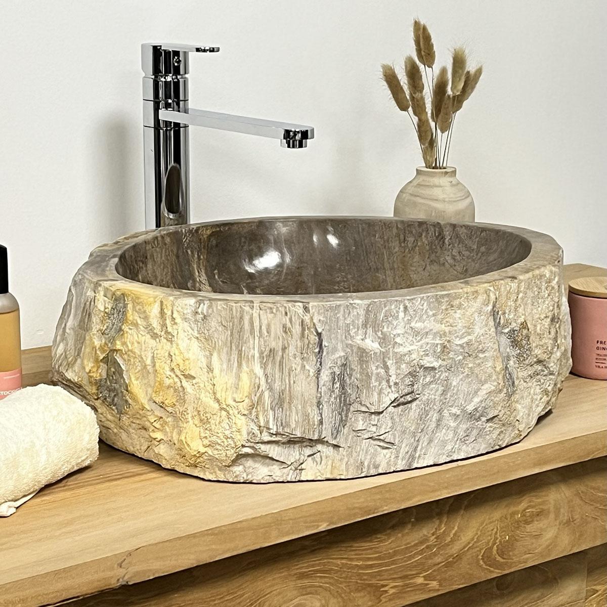 Lavabo de salle de bain en bois p trifi fossilis noir for Lavabo exterieur jardin