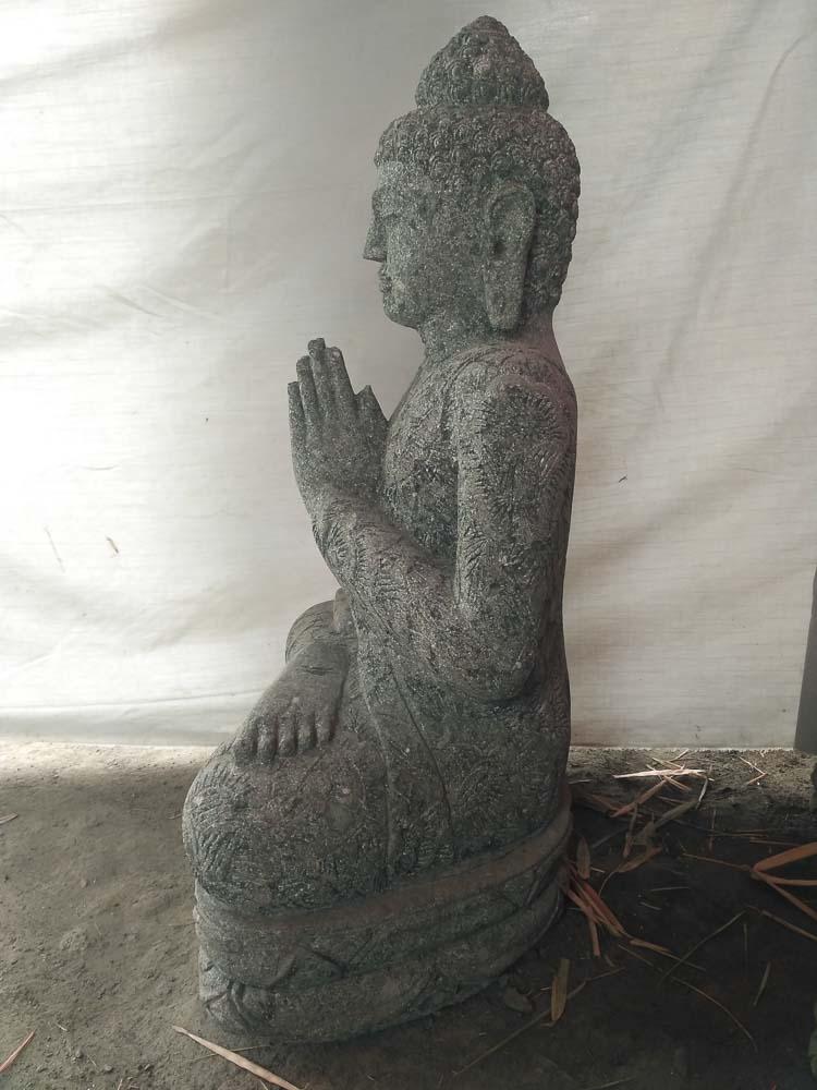 perfect statue en pierre jardin zen asiatique with statue bouddha intrieur maison. Black Bedroom Furniture Sets. Home Design Ideas