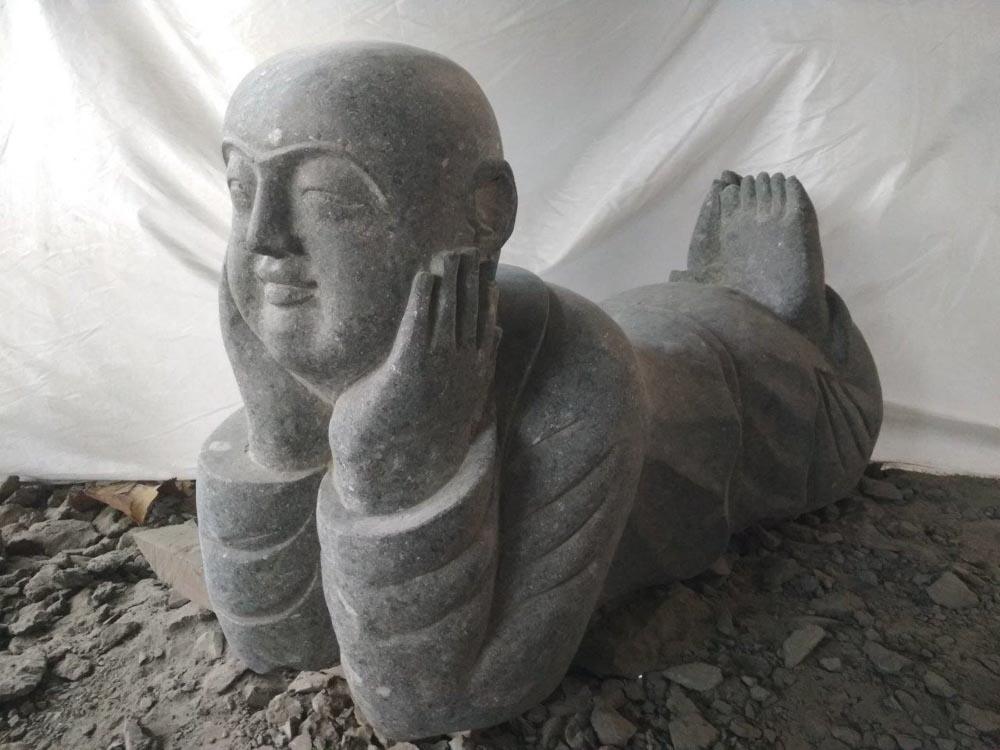 statue de jardin statue moine pierre moine souriant 100 cm. Black Bedroom Furniture Sets. Home Design Ideas